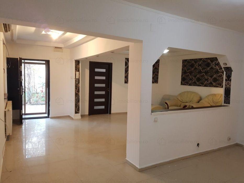 Casa 3 camere Vitan