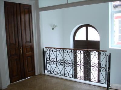 Apartament 5 camere de inmchiriat parter vila -ID 236