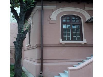 Casa 3 camere de inchiriat birouri - ID 397