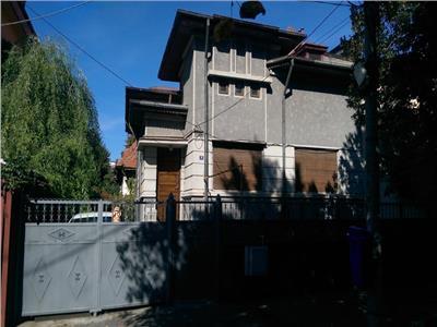 Vila 300mp de inchiariat sector 2 - ID 558