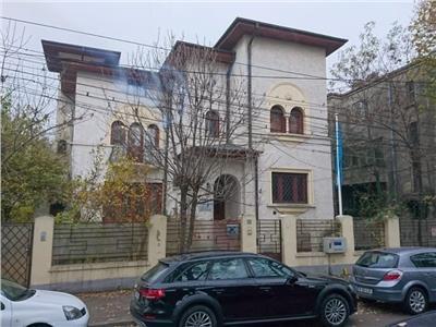Vila 17 camere Domenii