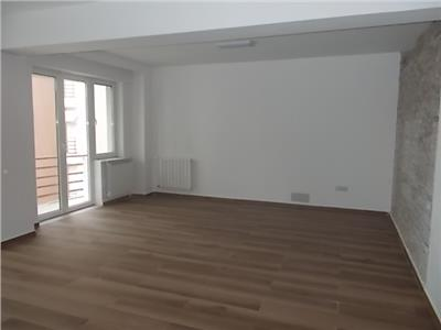 Apartament 4 camere nemobilat Primaverii -ID6