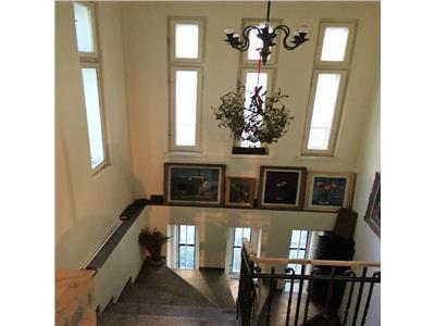 Apartament ideal pt artisti