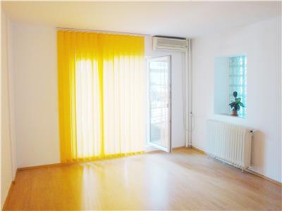 Apartament pretabil birouri 5 camere Victoriei - ID 84